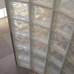 Douchemuur van glasbouwstenen